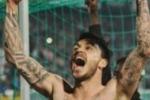 Mauricio Pinilla convince i tifosi: e' lui il migliore in campo