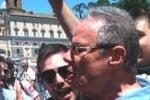Bagno di folla per Zamparini a piazza del Popolo