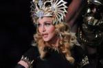 Madonna, star del Super Bowl. Le immagini dello show