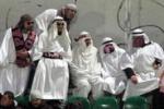 Gli arabi al Barbera? No, sono tifosi in maschera