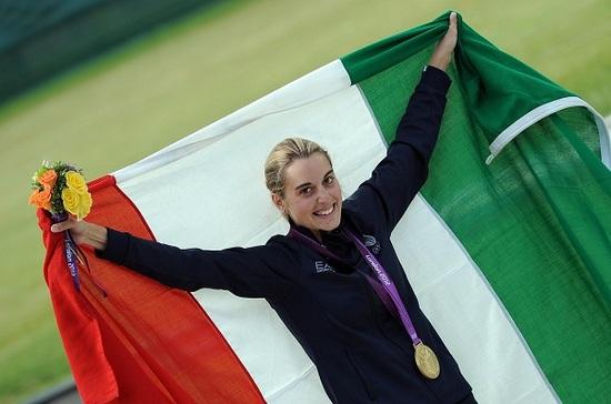 Tokyo: Elia Viviani e Jessica Rossi portabandiera dell'Italia - Giornale di  Sicilia