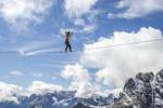 A spasso nel cielo, prove estreme sul monte Piana
