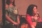 Karaoke a Casa Santa con le sorelle Prestigiacomo