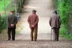 Tre pensionati truffati a Modica, dipendente comunale finisce ai domiciliari