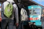 Palermo, studenti sui binari e sulla pista di Punta Raisi