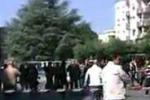Brindisi, attentato a scuola: morta una studentessa. Le immagini