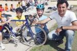 Cronaca in classe. Alunni in bici sotto il sole di Palermo