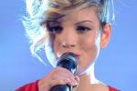 Sanremo, Emma commossa dietro le quinte