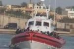 Da Tgs: sbarchi senza sosta, emergenza a Lampedusa