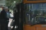 Bus a Palermo, a Borgo Nuovo lunghe attese
