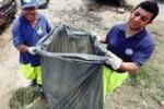 Da Tgs, volontari ripuliscono la spiaggia dell'Arenella