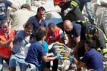 Barletta, crolla una palazzina: 5 morti