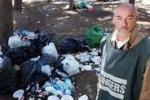 Favorita tra i rifiuti. Il servizio di Tgs