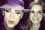 """Video Games"", Boy George canta Lana Del Rey"