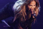 Jennifer Lopez, musica e trasparenze in tv