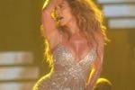 Jennifer Lopez fa ballare Bologna: le immagini
