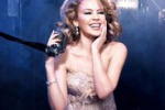Kylie Minogue, in un greatest hits i suoi 25 anni di carriera