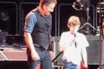 A soli 11 anni sul palco con Bruce Springsteen: il video