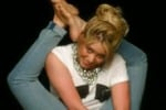 Shakira, mamma contorsionista in tv