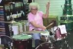 Usa, nonnina batterista diventa una star del web