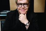 Musica, Elton John torna dopo 7 anni con un album di inediti