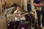 Matteo Franzè, a soli 8 anni vince il festival mondiale di batteria