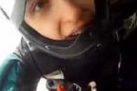 Il paracadute si impiglia: paura in volo per uno skydiver