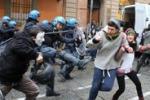 Cortei in diverse città italiane: scontri e feriti