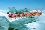 Babbo Natale scortato dai caccia americani: è polemica