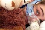 25 anni e 4 malattie rare: Caterina Simonsen attaccata sul web