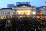 Ottomila in piazza rendono omaggio al maestro Abbado