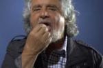 """Grillo: """"Nessuna sconfitta, vinciamo poi"""" e prende un Maalox"""