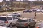 Usa, doppia capriola dopo lo schianto: motociclista illeso