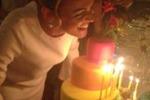 Pascale, festa di compleanno con Berlusconi e... Dudù