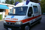 Pozzallo, botte da orbi e danni pure all'ambulanza