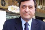 Scoma: «Bisogna ridurre gli stipendi Ma anche il numero dei dirigenti»