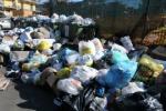 Gela, una discarica al parco di Montelungo Dai rifiuti emergono anche reperti