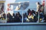 Nuovi sbarchi, in arrivo 386 migranti a Porto Empedocle