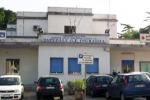 Incidente a Palermo, auto contro un muro: muore una donna di 59 anni