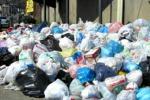 Quei rifiuti nel centro storico di Palermo