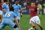 Hernanes segna e poi sbaglia, Totti pareggia: 1-1 il derby di Roma