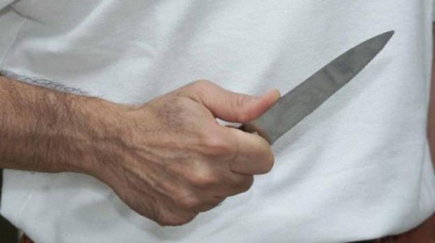 minacce in famiglia ferla, Siracusa, Cronaca