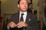 Ministri e sottosegretari di Fli rimettono il mandato