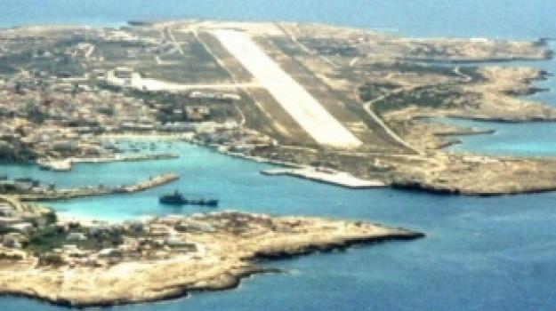 aeroporti, Lampedusa, Agrigento, Cronaca