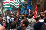 La rabbia dei dipendenti «Aligrup»: «La chiusura una scelta vergognosa»
