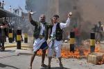 """Ambasciate Usa sotto assedio, Obama: """"Pronti a reagire"""""""