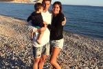 """Belén, Stefano e Santiago in vacanza ad Ibiza La showgirl: """"La felicità sta nelle piccole cose"""""""