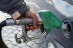 Augusta, self-service guasto: rubati 1.300 litri di benzina