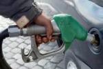 Benzina, aumenti senza sosta