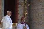 I tratti del nuovo Papa, il rifiuto della mozzetta e l'insofferenza per il servizio di sicurezza